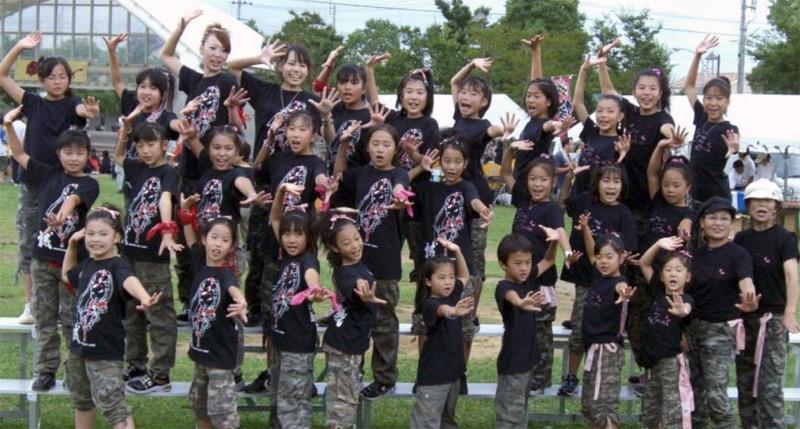 竜KOI舞祭2007(茨城県龍ヶ崎市)に、向っ子ダンサーズ、夢桜、SAKADO WINDSの合同チームで参加しました。
