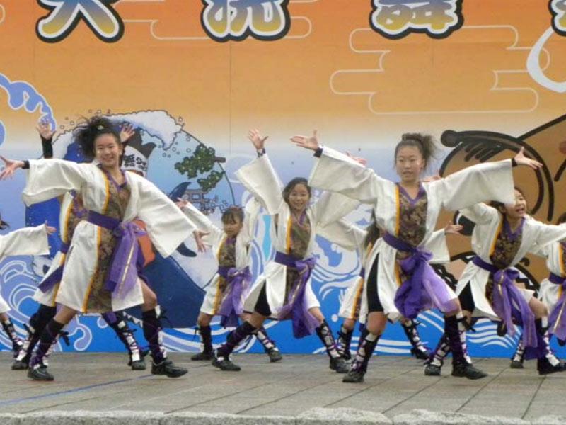 2009年11月22日、第6回大洗舞祭に「夢桜」「かわさき向魂」「SAKADO WINDS」「スーパー舞音」が参加しました。